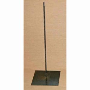 Metalen pin met voet 45cm hoog,voet 15x15cm