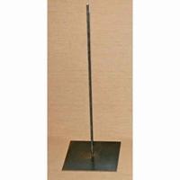 Metalen pin met voet 45cm hoog, onderplaat 15x15cm